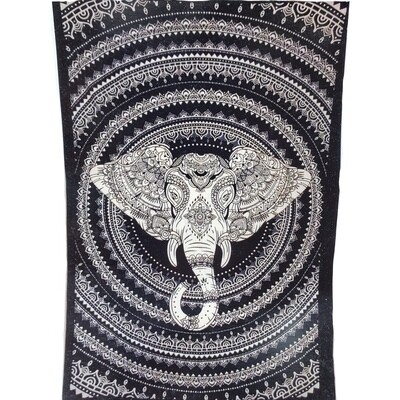 BLK/WHT ELEPHANT HEAD TAPESTRY