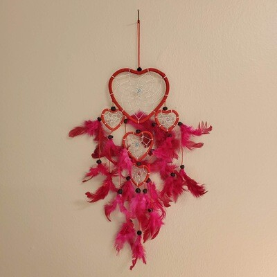 RED HEART DREAMCATCHER