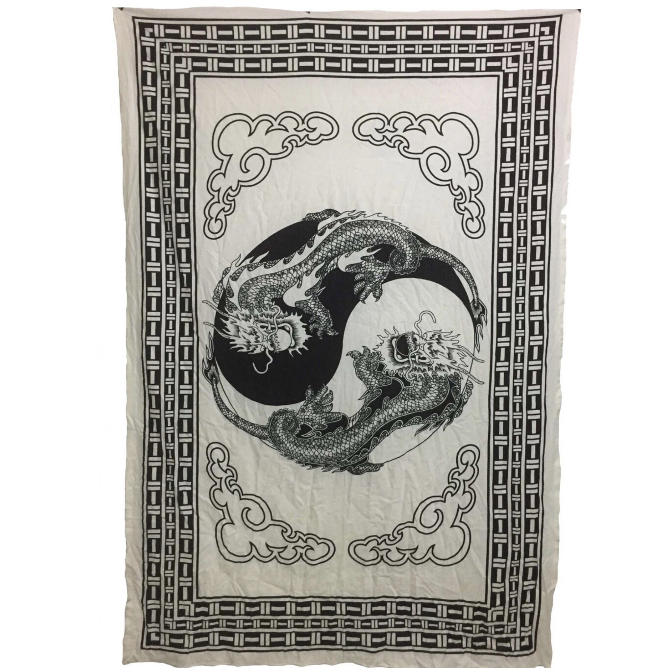 BLK/WHT DRAGONS TAPESTRY