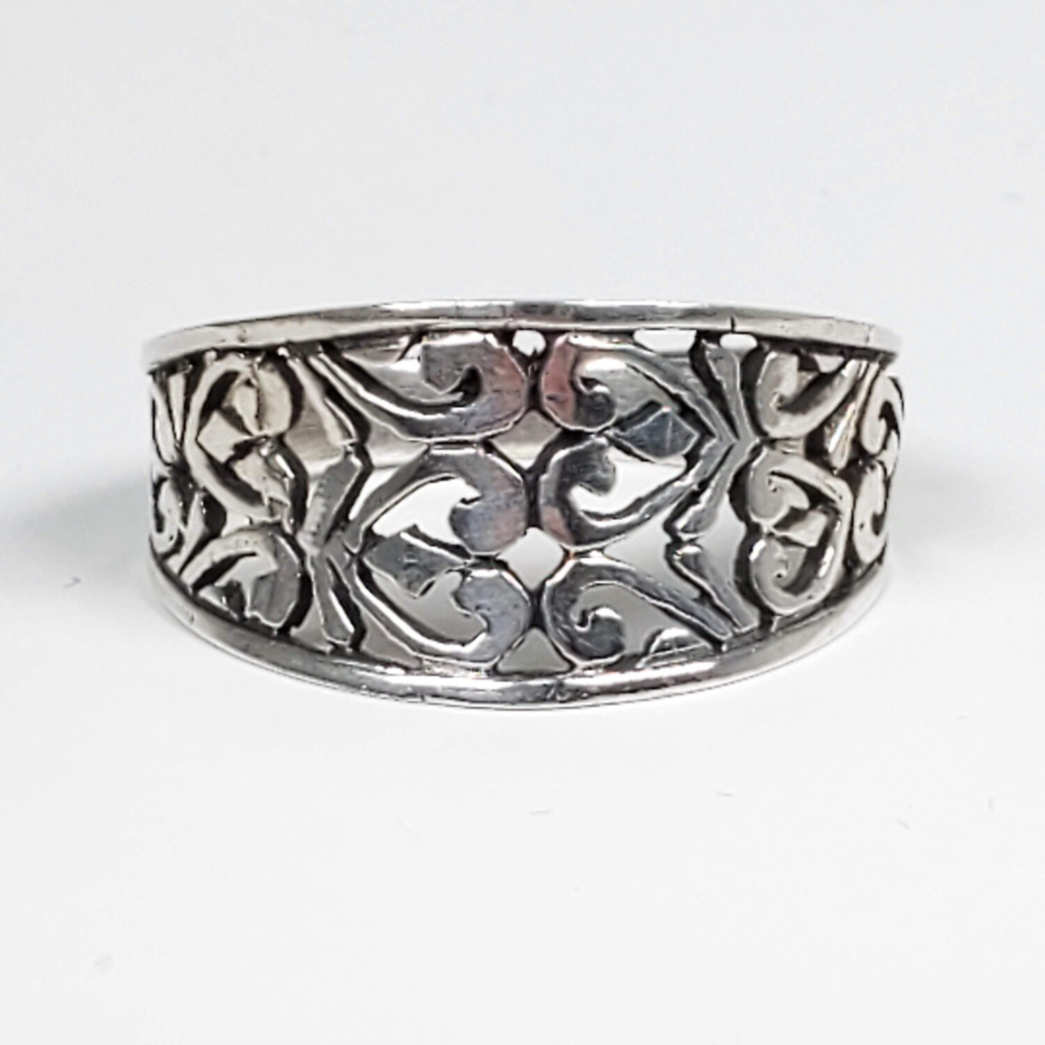 925 WIDE FILIGREE HEARTS RING