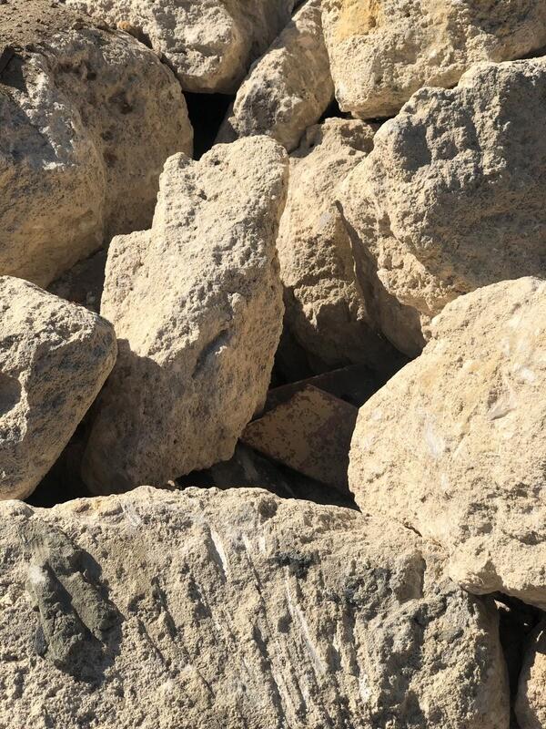 Limestone Spalls 150MM - 300MM