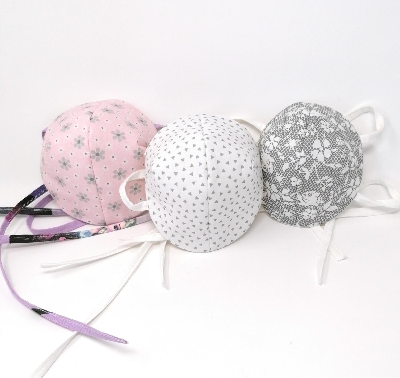 Behelfs Mundschutz Masken fuer Kinder und Erwachsene hellgrau-rosa