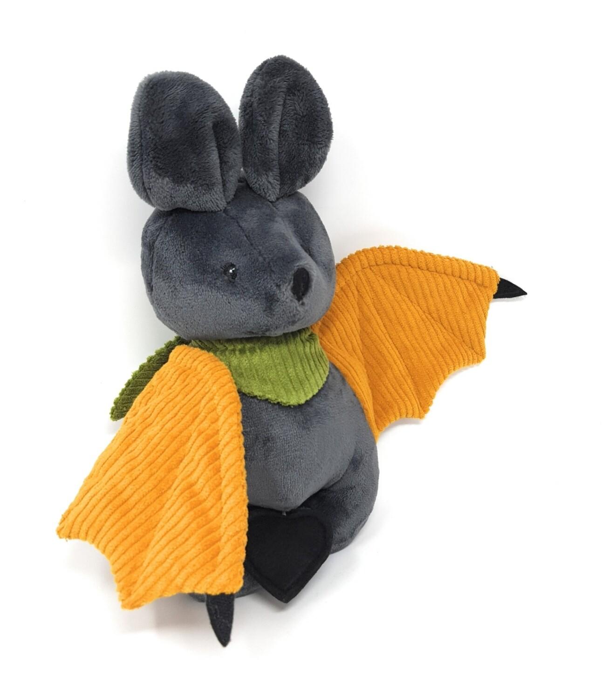 Personalisiertes Kuscheltier für Spieluhr Fledermaus grau- senfgelb  Gr. 30 cm, Plüschtier mit Namen und Wunschmelodie, Geschenk für Geburt, Taufe, Geburtstag