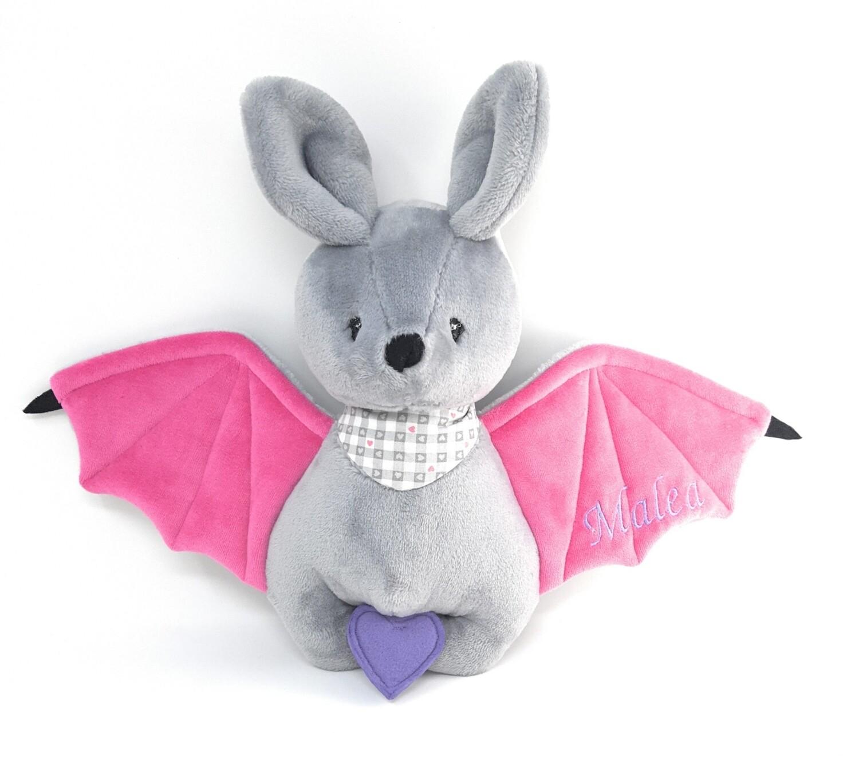 Personalisiertes Kuscheltier für Spieluhr Fledermaus grau-pink Gr. 30 cm, Plüschtier Fledermaus mit Namen und Wunschmelodie, süßes Geschenk für Geburt, Taufe, Geburtstag