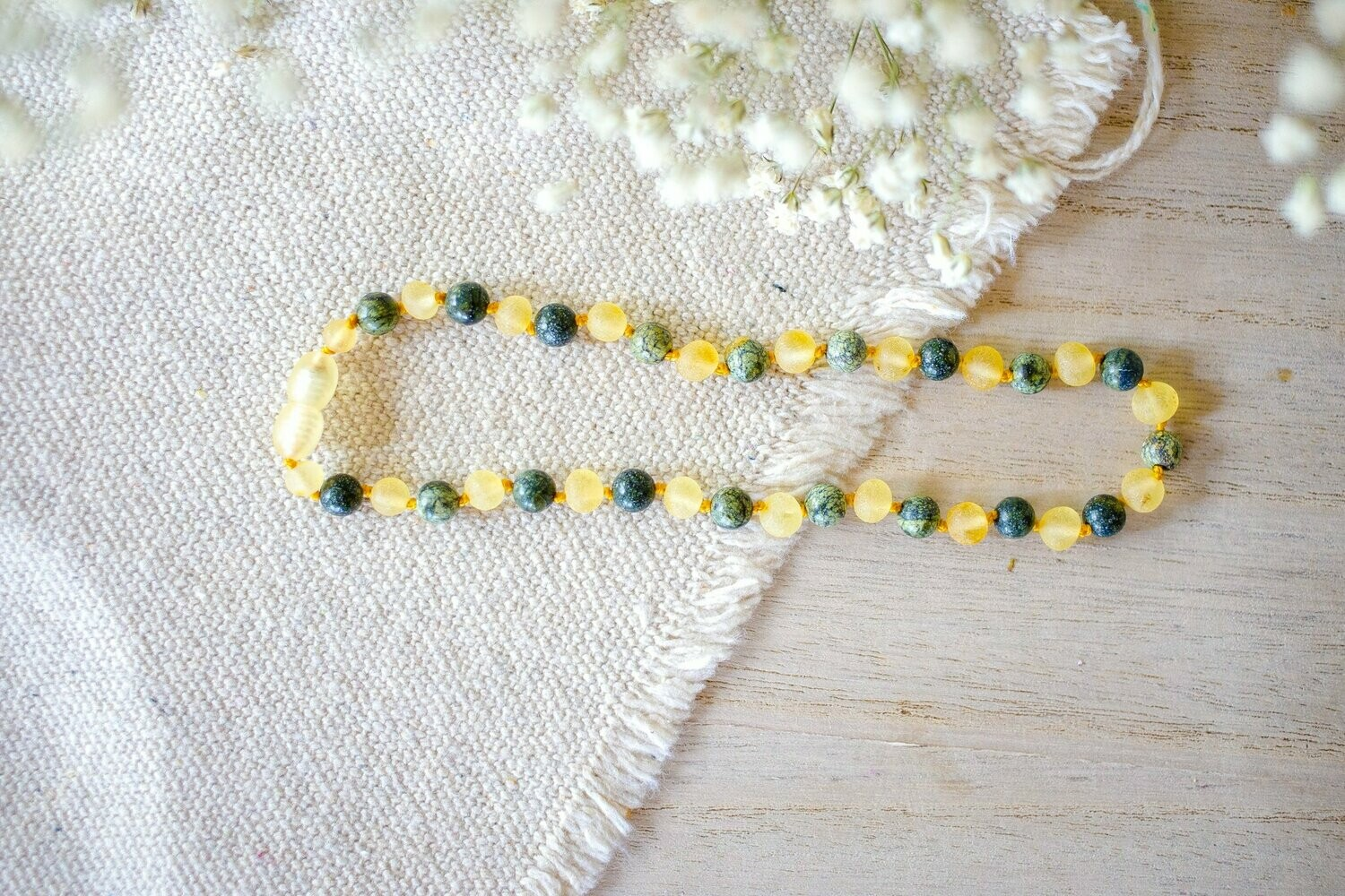 Green Lace Agate + Raw Lemon Baltic 12.5 inch