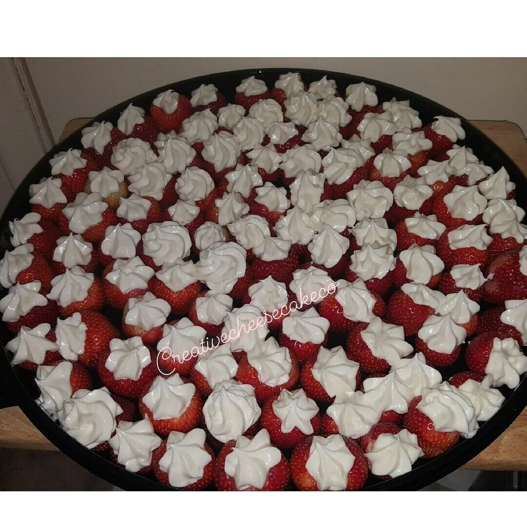 Stuffed Cheesecake Strawberry Platter