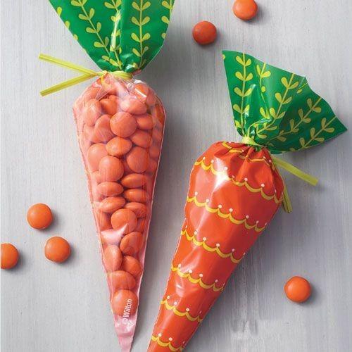 Wilton Easter Treat Bags -CARROT SHAPED - 15τεμ σακουλάκια καρότο και συρματάκια για γλυκά & ζαχαρωτά