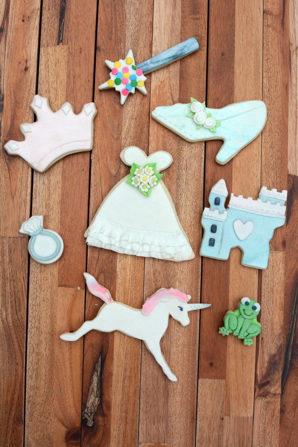 By AH -Set of 8 Cookie Cutters 'LITTLE PRINCESS - Σετ 8 τεμ κουπ πατ Μικρή Πριγκίπισσα 8εκ