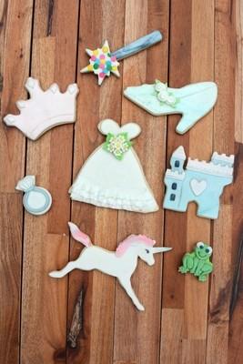 By AH -Set of 8 Cookie Cutters 'LITTLE PRINCESS - Σετ 8 τεμ κουπ πατ Μικρή Πριγκίπισσα 8εκ