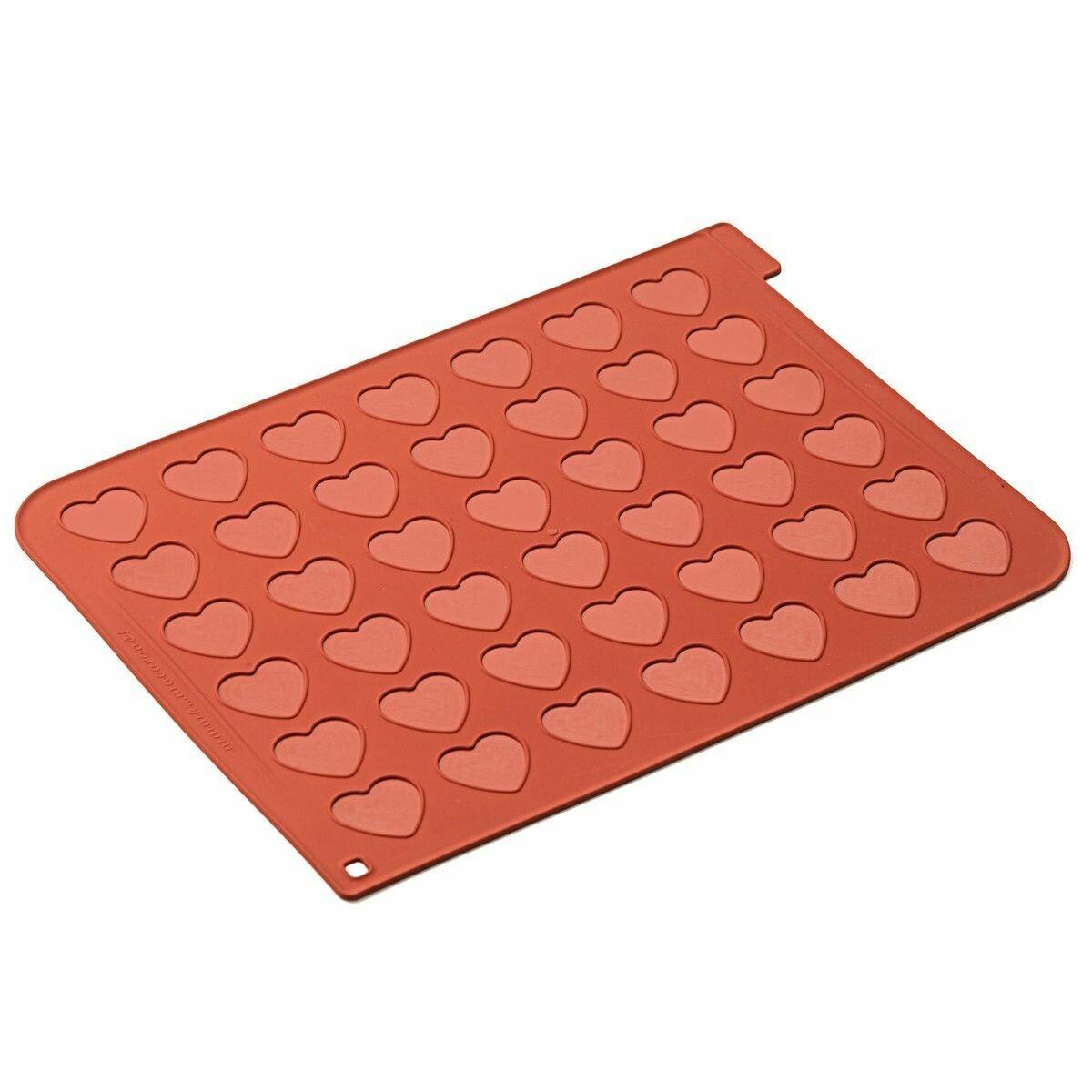 Silikomart -Macaron Baking Mat -HEART - Πατάκι Ψησίματος Μακαρόν με 42 Ισομερείς Καρδιές