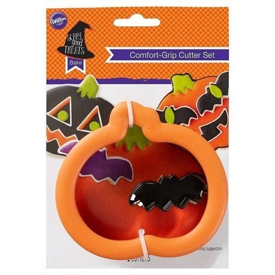 Wilton Halloween Grippy Cutters -Pumpkin & Bat - Σετ 2τεμ  Κουπ πατ Κολοκύθα & Μίνι Νυχτερίδα με λαβή σιλικόνης