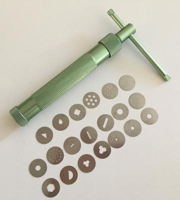 # Sugarcraft Gun with 20 interchangeable disks  -Πιστόλι Ζαχαροτεχνικής με 20 ανταλλακτικά σχέδια