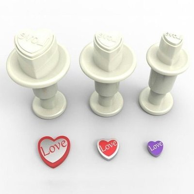 SALE!!! Dekofee Plunger Cutter -MINI LOVE HEARTS - Σετ 3τεμ κουπ πατ με Εκβολέα Μίνι Καρδιές με τύπωμα 'LOVE'