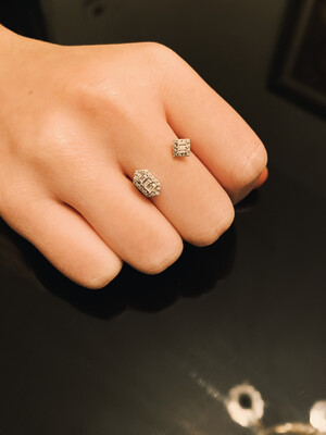 Lyra Floating Diamond Ring