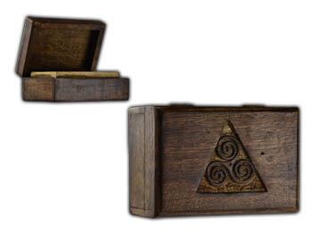 Triskele box 4x6