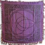 Triquetra purple 36x36