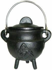 """Triquetra Cauldron w/lid 2.75"""""""