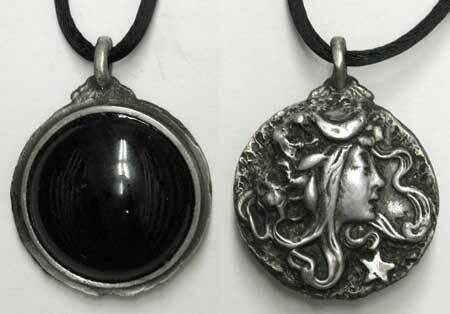 Goddess Scrying Necklace
