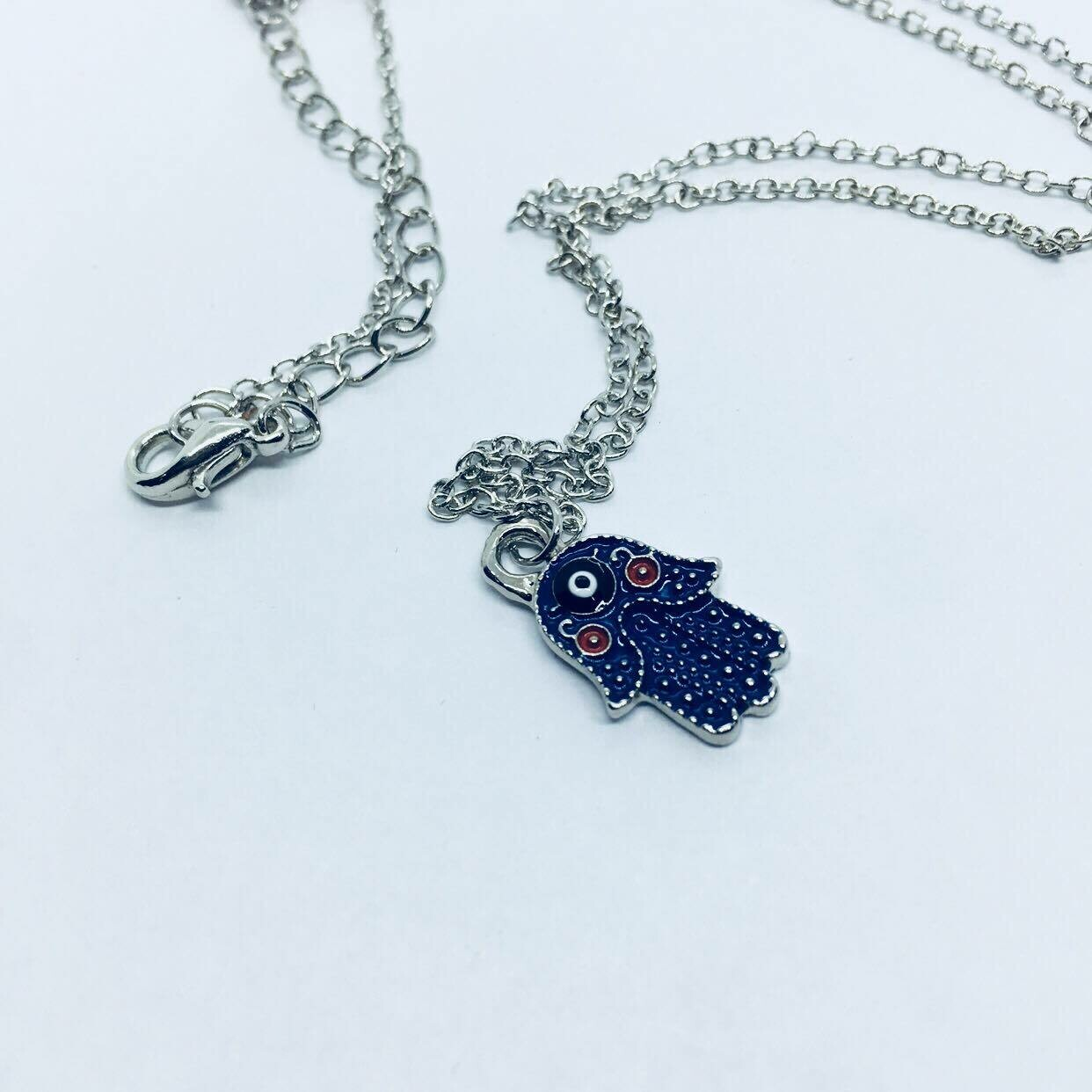 Small Hamsa Hand necklace silver tone