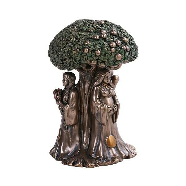Moon Goddess Tree of Life 12973