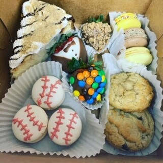 Father's Day Assorted Dessert Box- Small