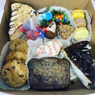 Father's Day Assorted Dessert Box- Large