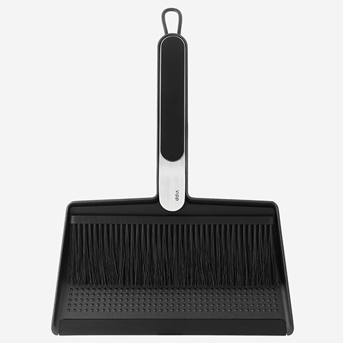 Vipp Broom & Dustpan