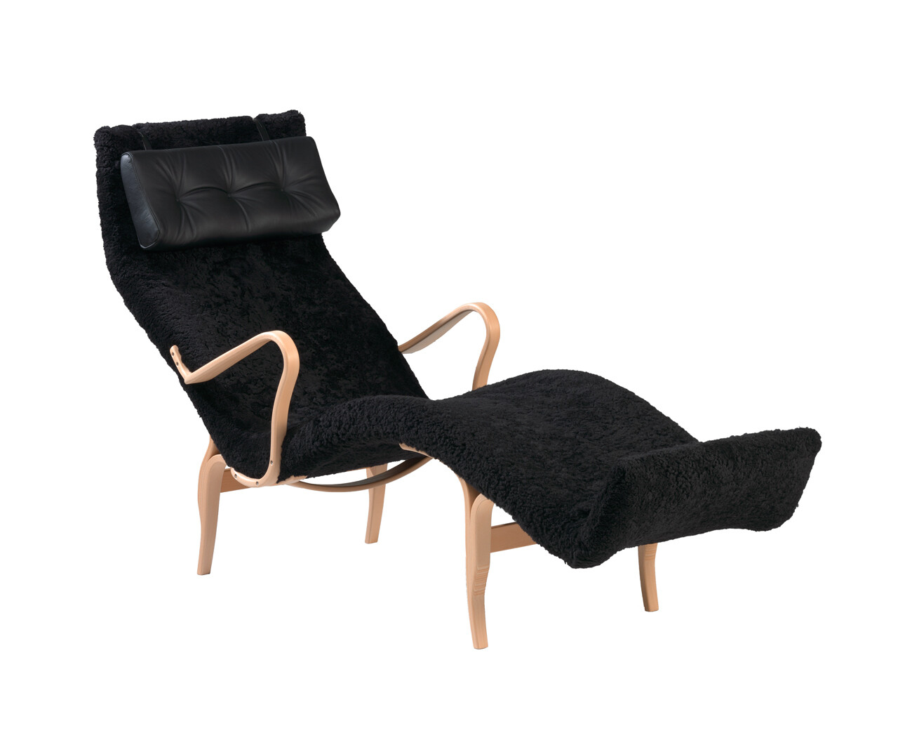 BM Mi 478 Loungechair Pernilla 3 Sheepskin