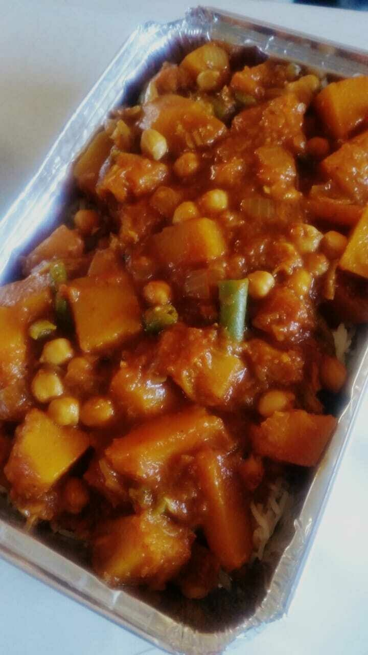 Chickpea, green bean and butternut curry with basmati rice (Vegan) (to Order)