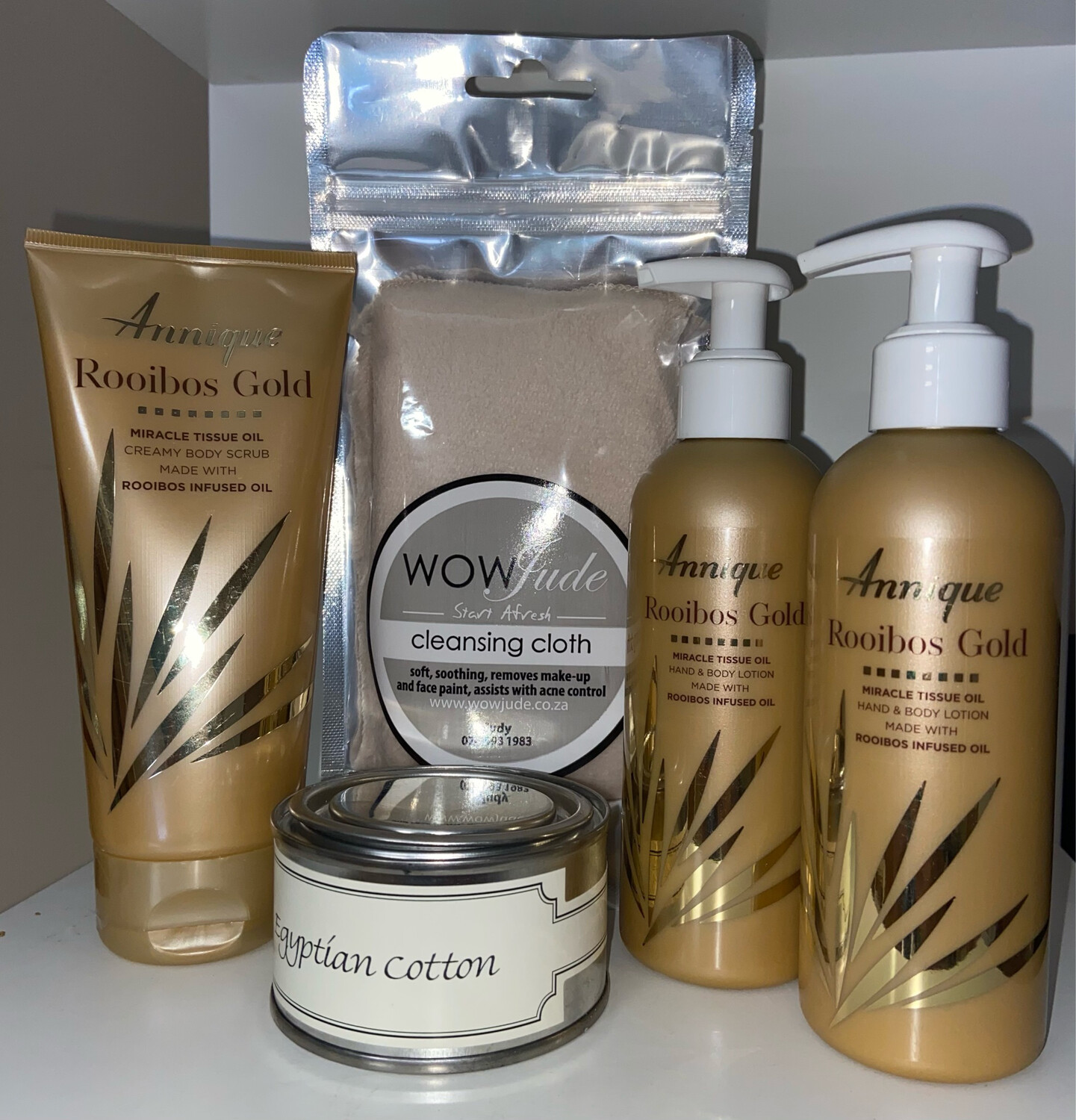 Mothers Day Gold Ultimate Annique Gift Pack