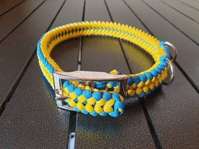 Yellow and Blue Medium Collar
