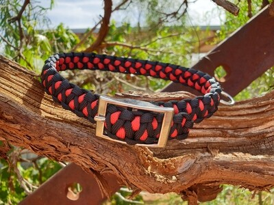 Red and black medium drakon collar
