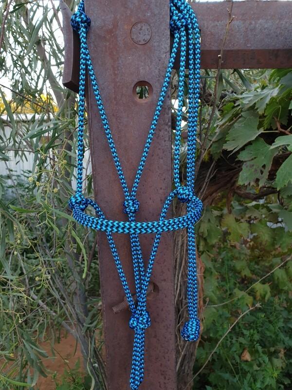 Blue/Black ZigZag Rope Halter