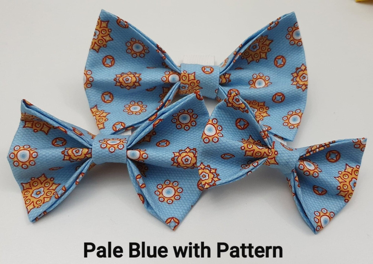 Pale Blue With Pattern Bowtie