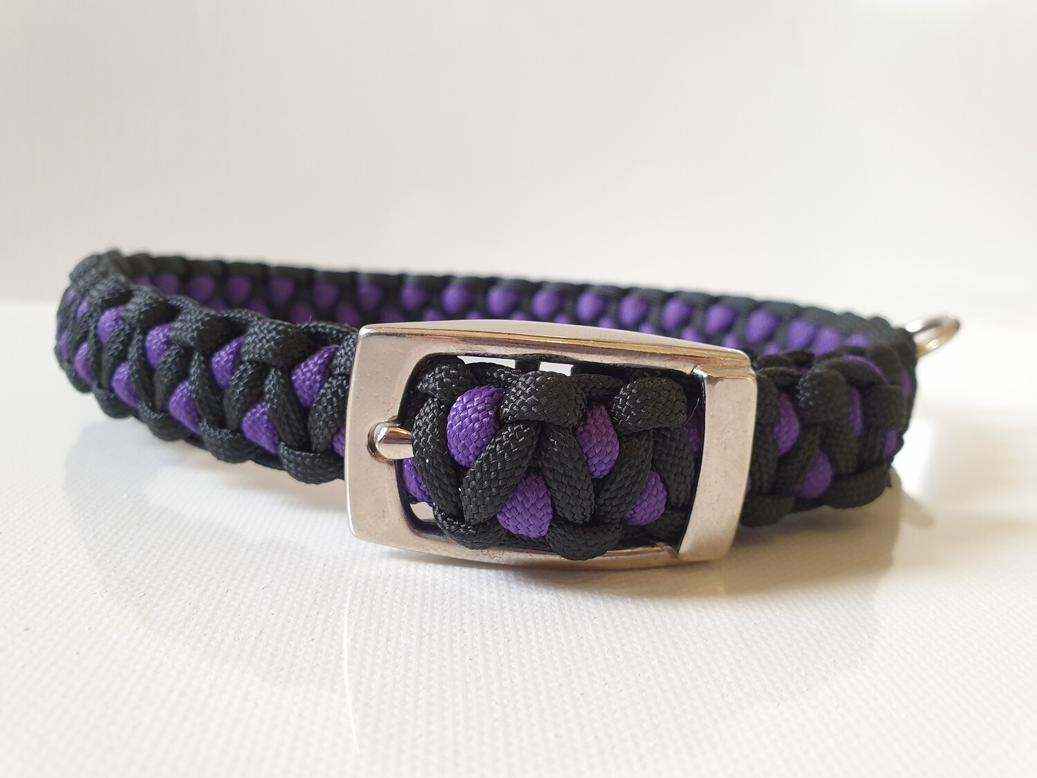Drakon Medium Purple/Black Dog Collar