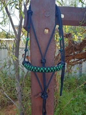 Drakon Midnight Black/Kelly Green Rope Halter