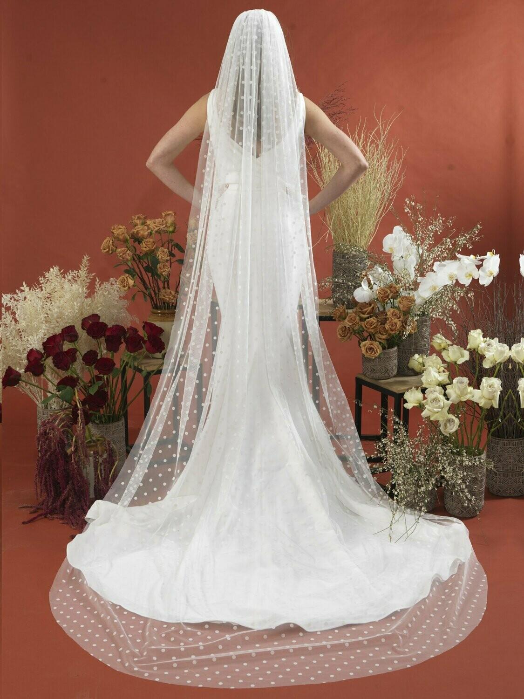 Retro Style Large Polka Dot Veil - Ashton Jayne Bridal