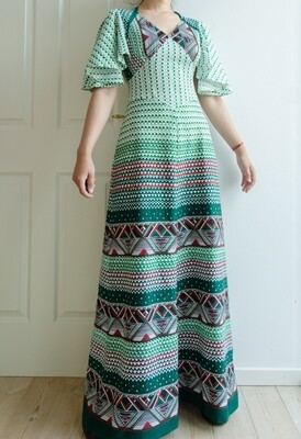 Green retro gala dress