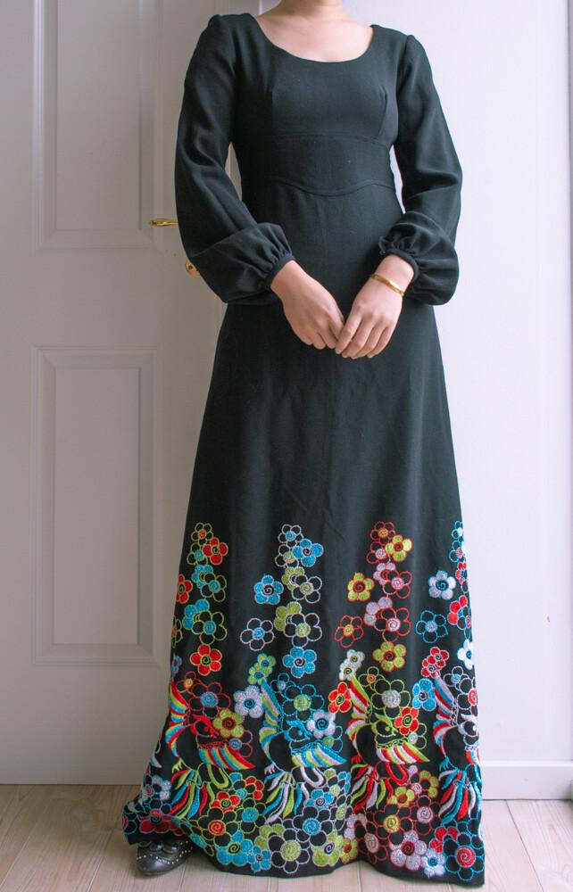 Black retro wool gala dress S/M