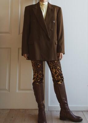 Oversize retro brown blazer