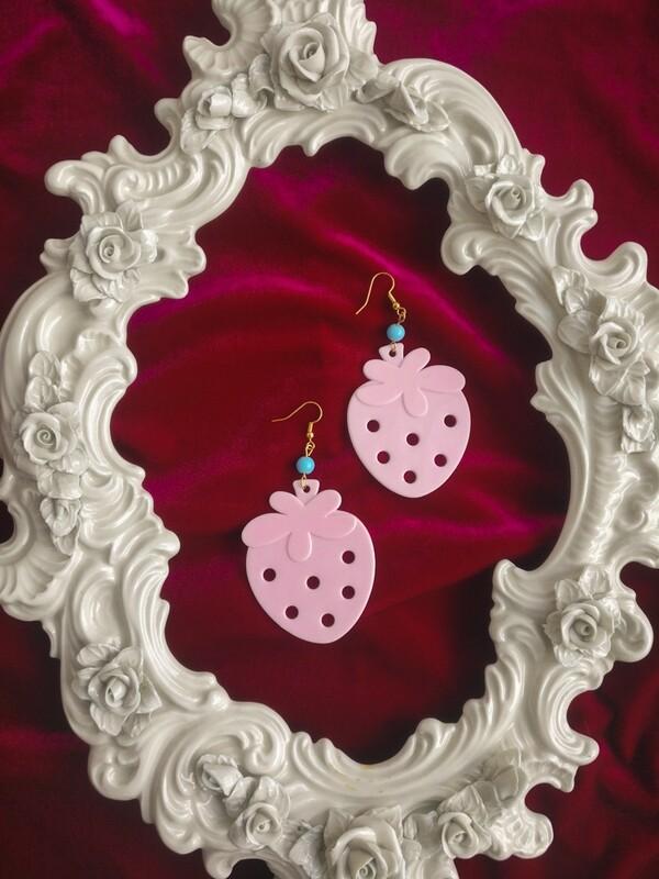 Strawberry toy earrings L