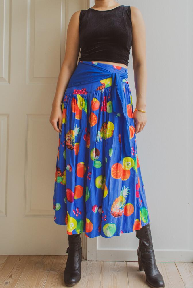 Blue fruit skirt M/L