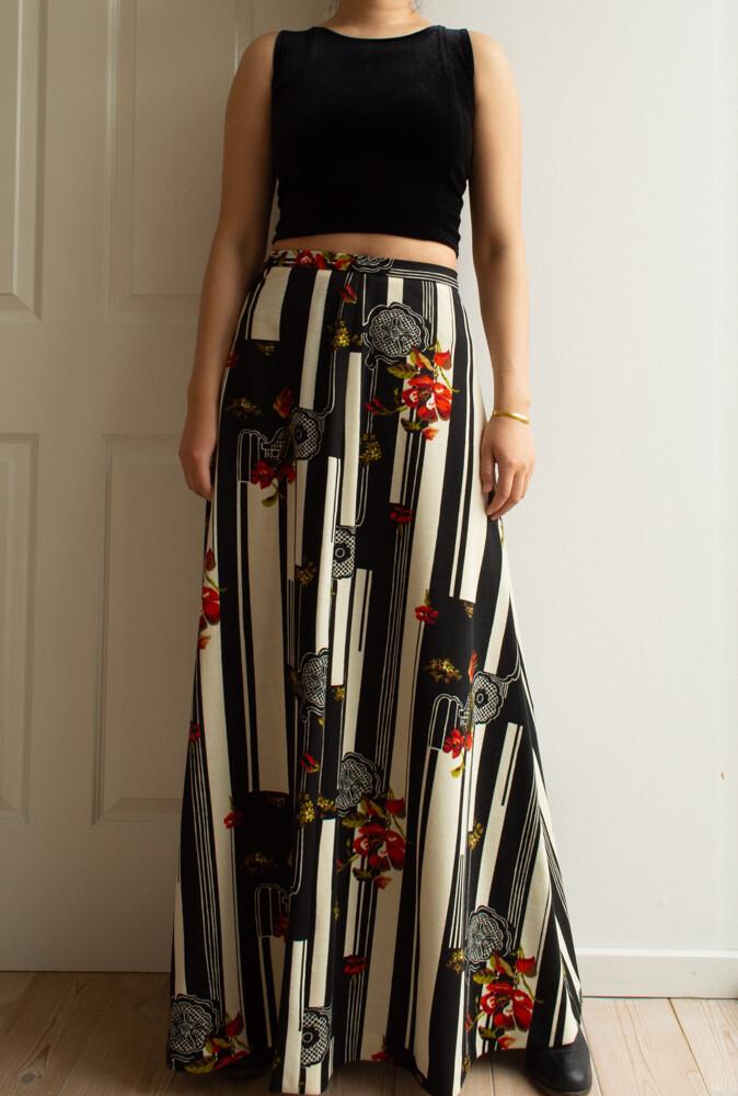 Retro maxi skirt M