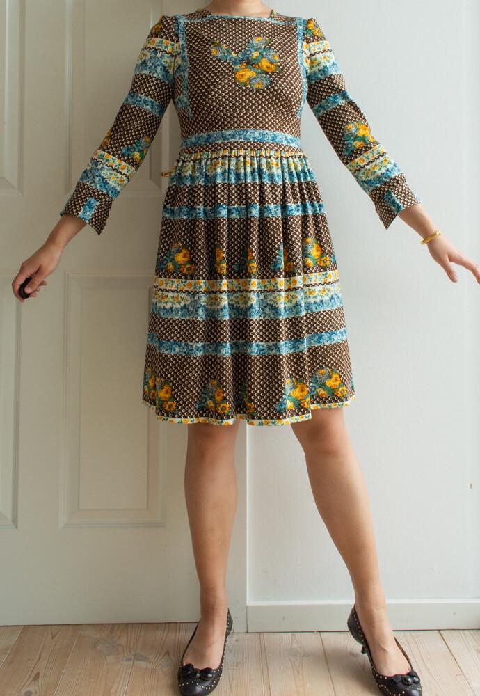 Brown flower dress S