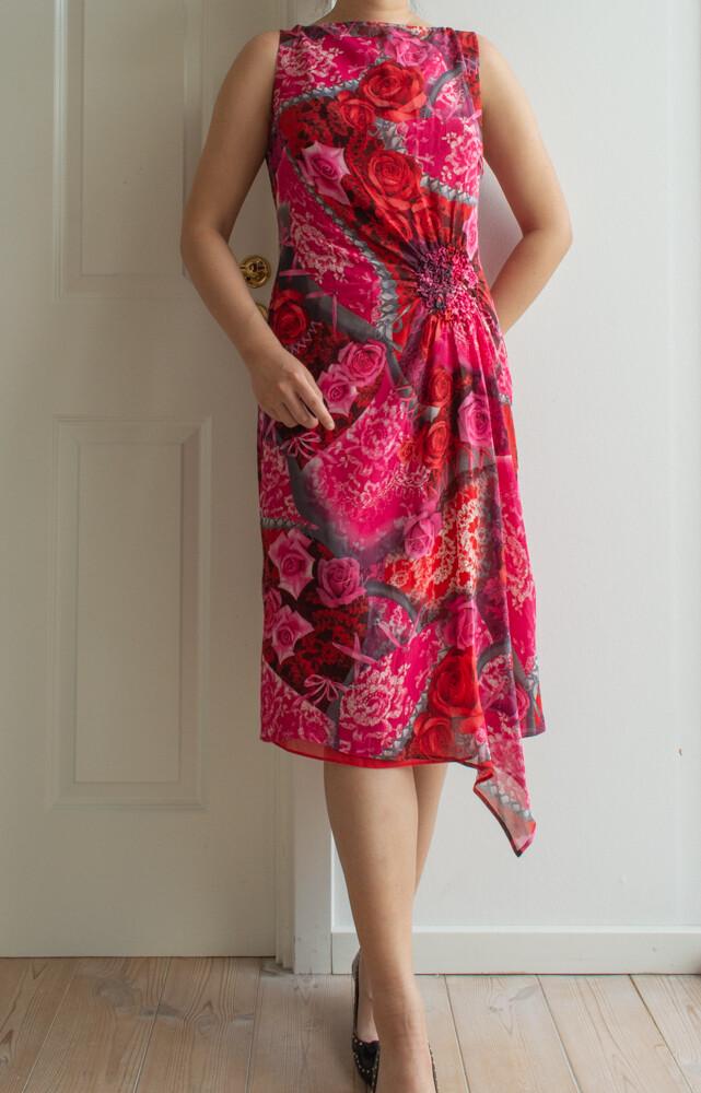 Escada silk dress M/L
