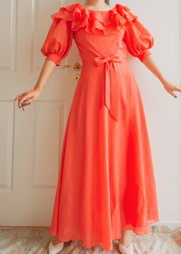 Coral princess dress M