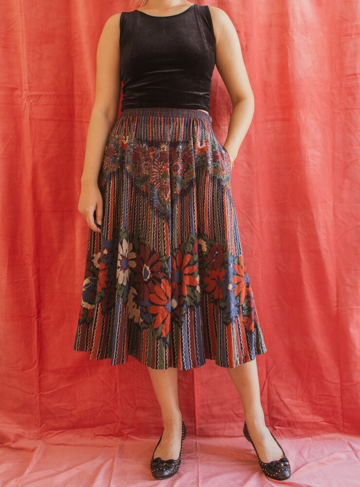 Retro wool skirt M/L