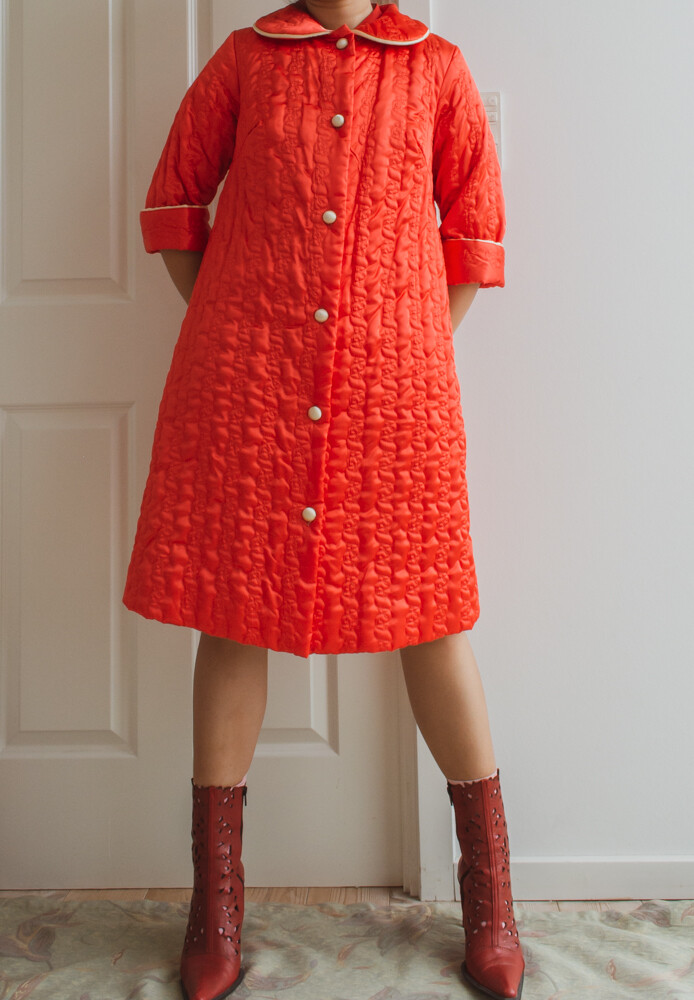 Red satin quilted robe S/M