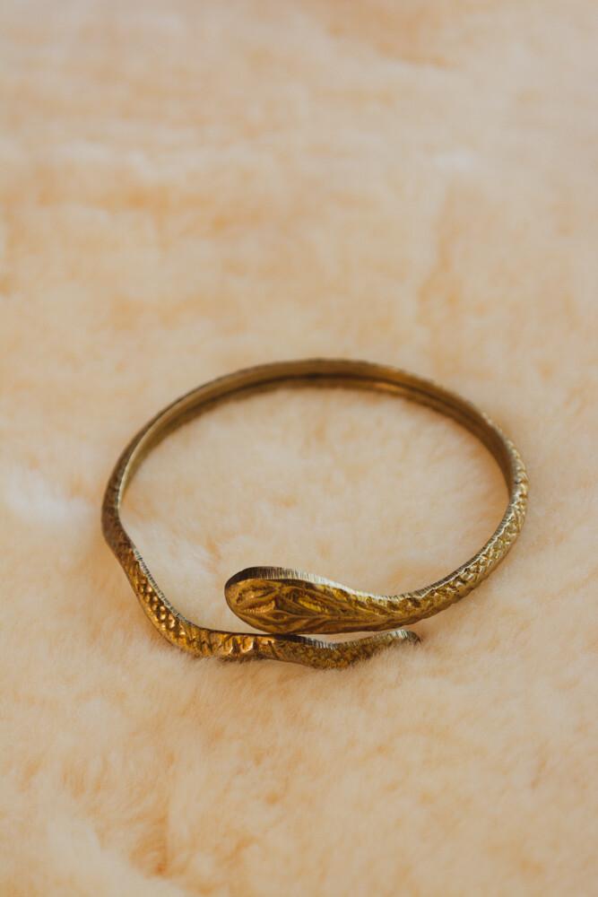 Snake arm ring