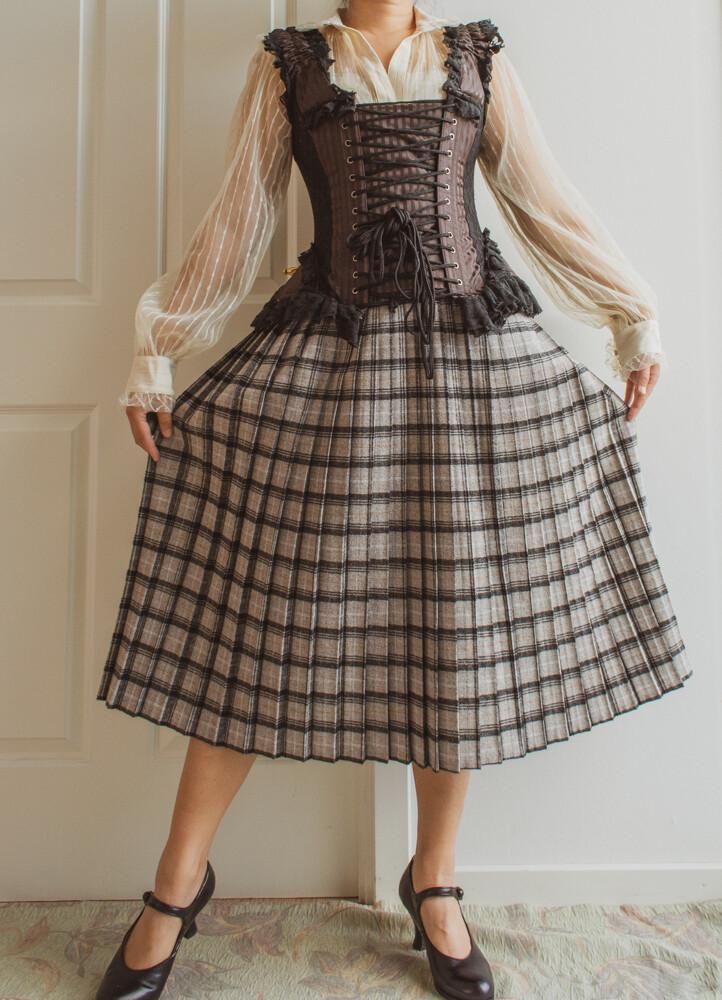 Grey viscose skirt L